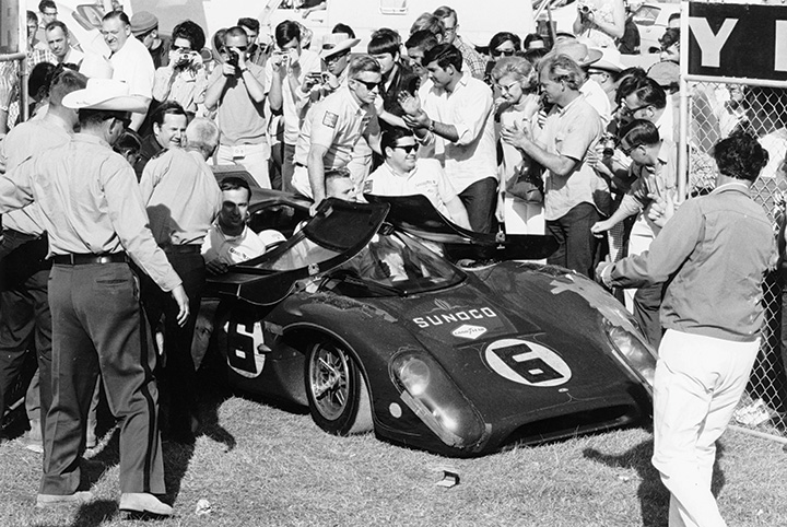 Great racing cars: 1966-70 Lola T70