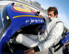 Salo and Trulli's taste of NASCAR