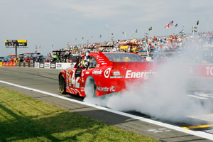 Ganassi reigns, and Dyson delivers
