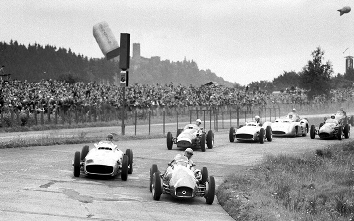 Ferrari vs Mercedes in the '50s
