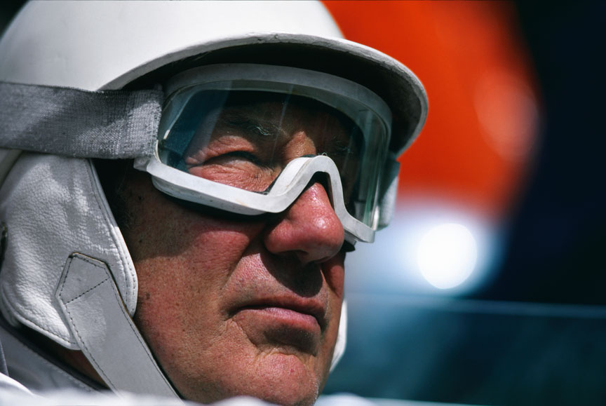 Stirling Moss retires from racing