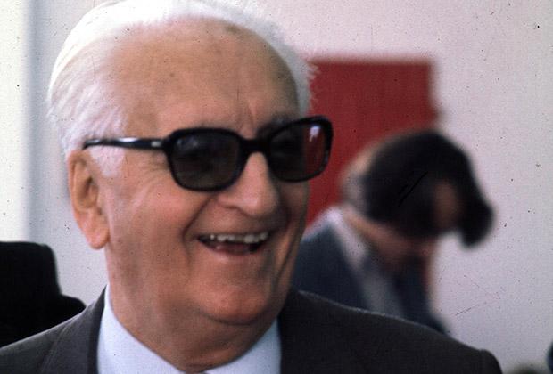 Enzo Ferrari: the mantle of mystique