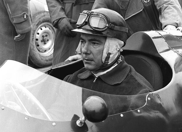 Roebuck's legends: Jean Behra