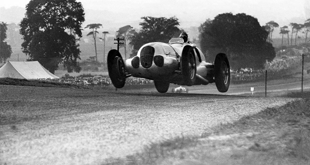 52 – 1937 Donington GP