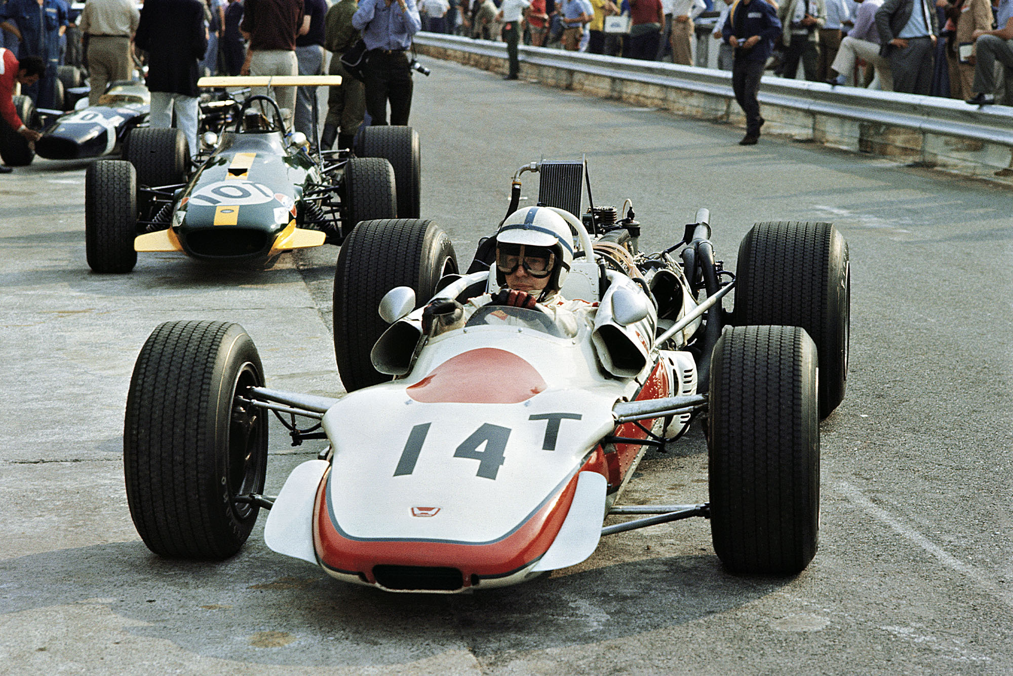 John Surtees, Honda RA301 in front of the Brabham BT26 Repco.