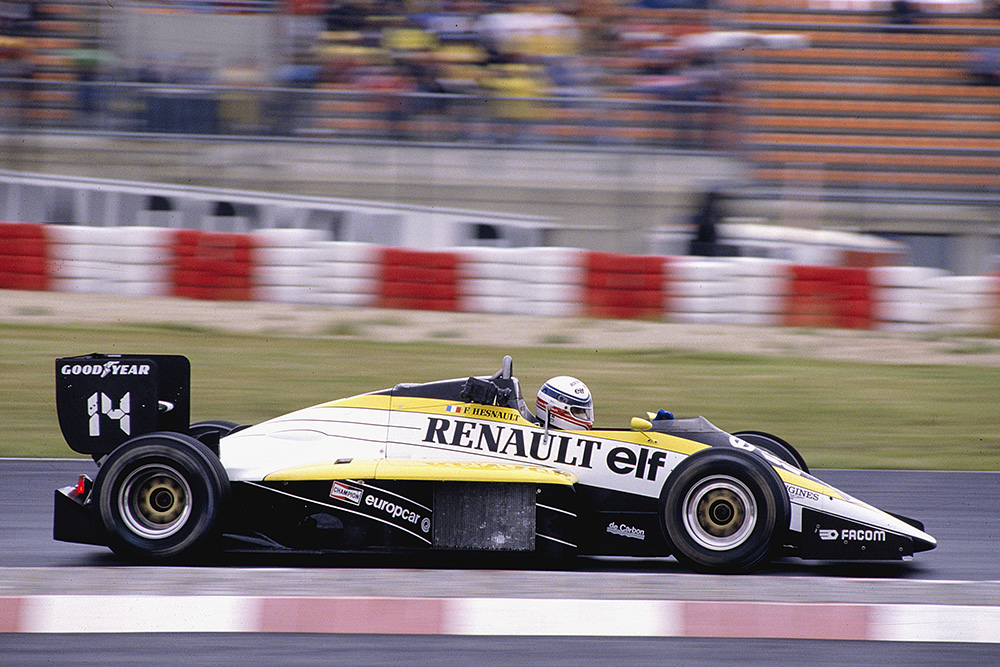 Francois Hesnault driving a Renault RE60.