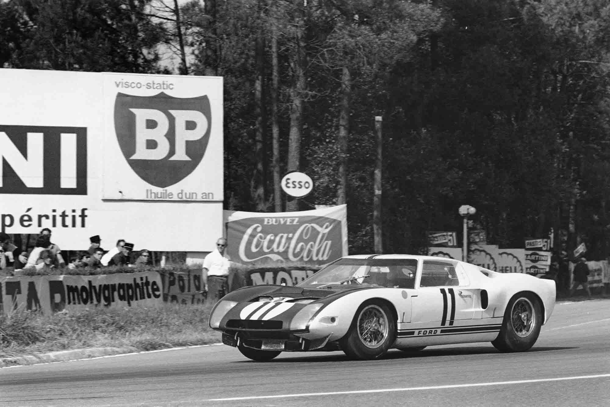 Le Mans, France. 20th - 21st June 1964. Richie Ginther/Masten Gregory (Ford GT40).