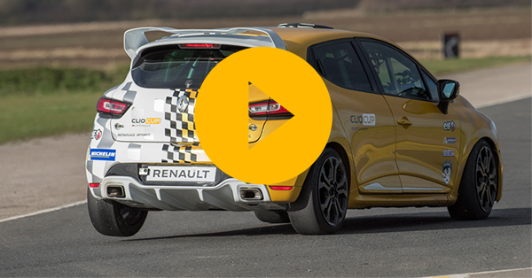 How to Drive: Renault Clio Cup