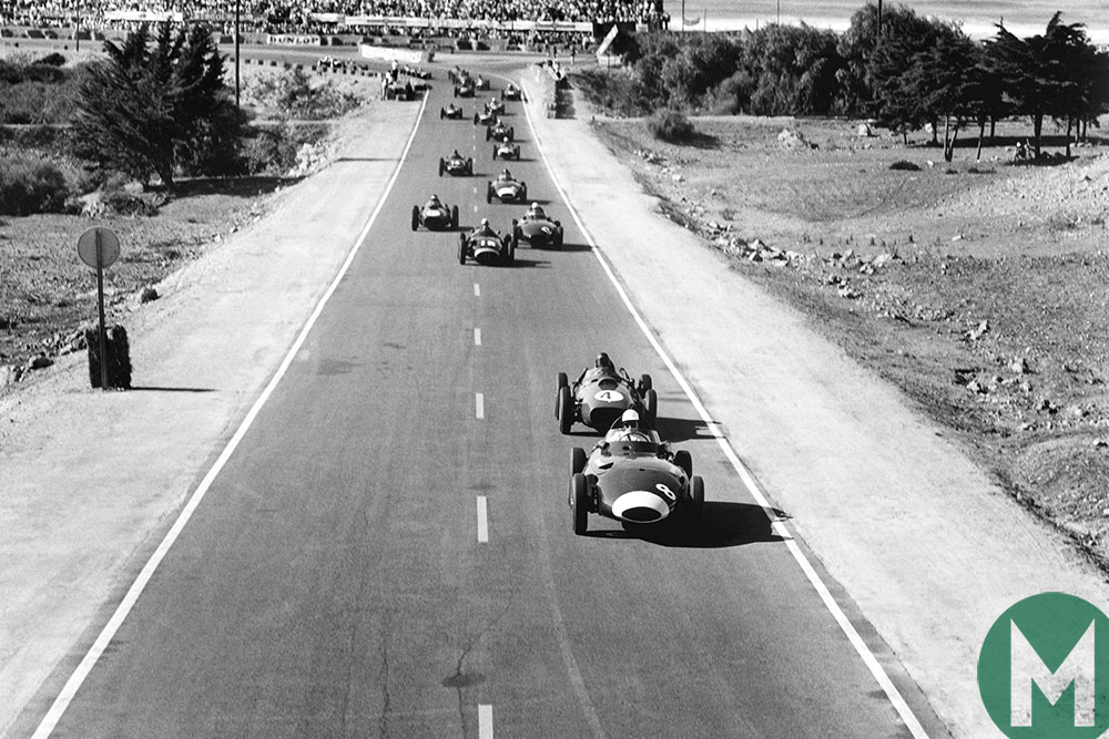 Watch Hawthorn pip Moss to the 1958 F1 title