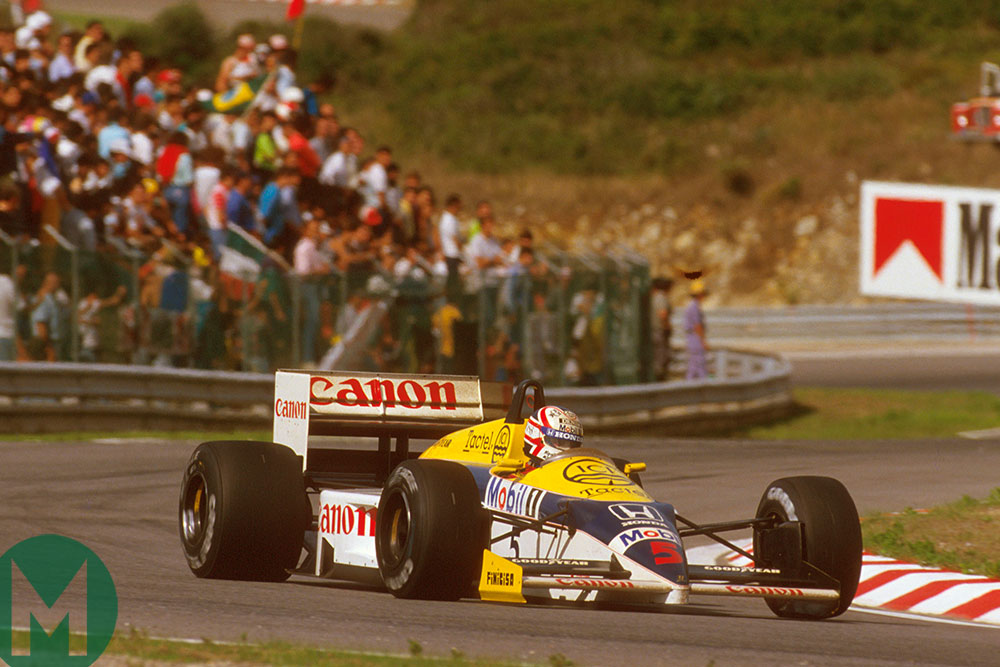 Mansell negotiates an Estoril turn on his way to the 1986 Portuguese Grand Prix win