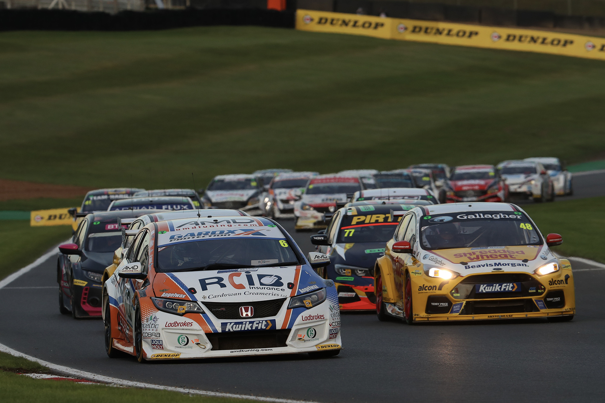 BTCC thriller sheds light on F1 identity crisis