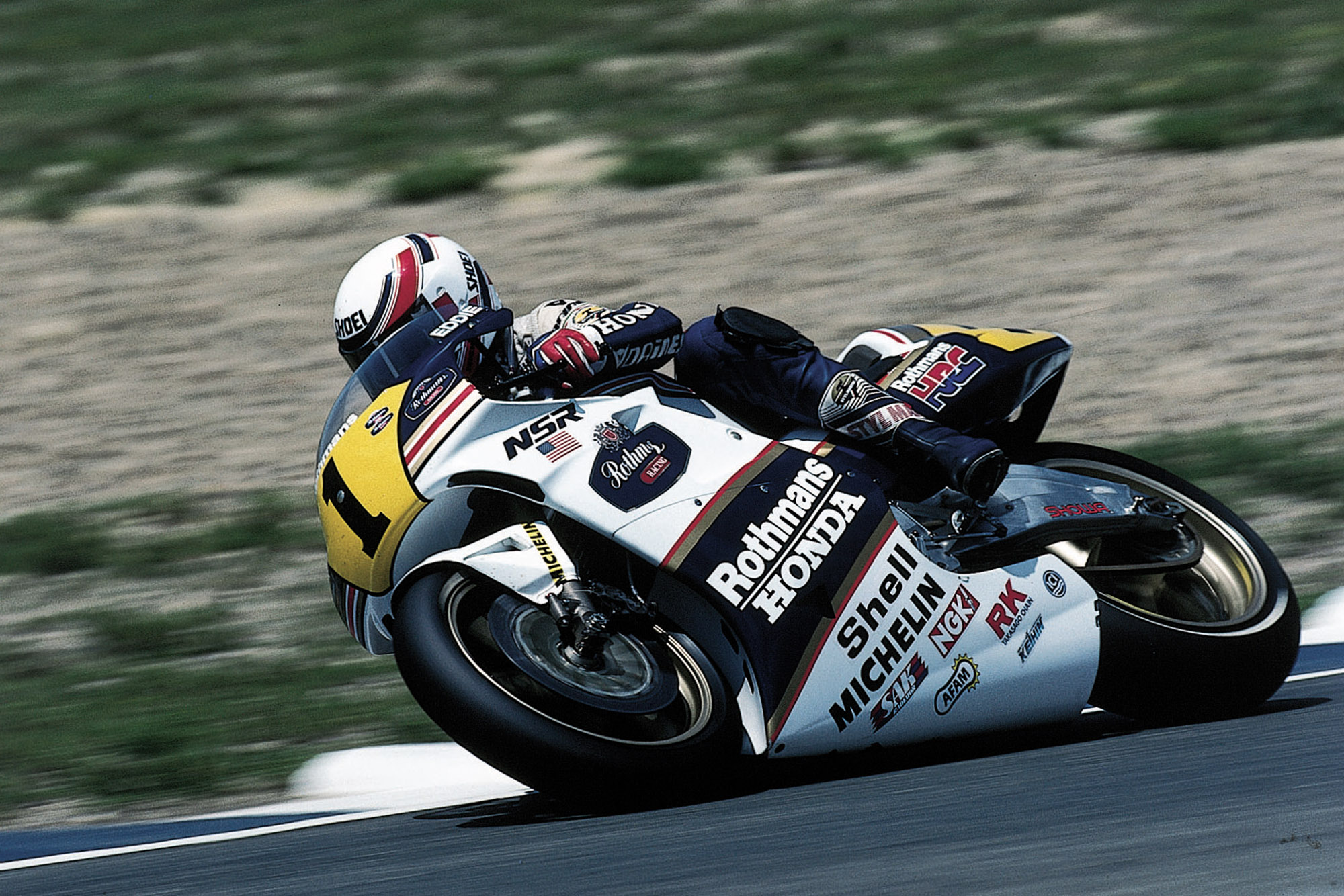 Eddie Lawson on the Honda NSR500 in 1989