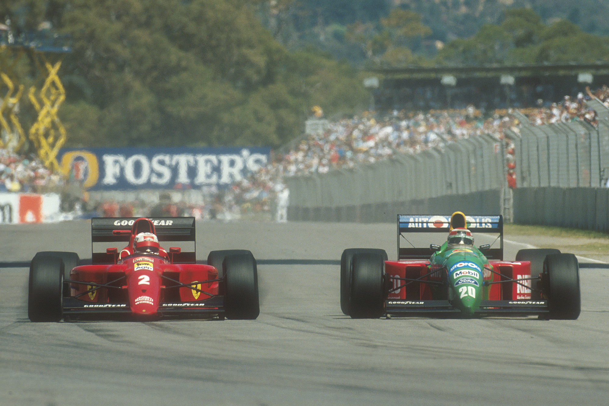 Nigel Mansell and Nelson Piquet battling at Adelaide during the 1990 Australian Grand Prix