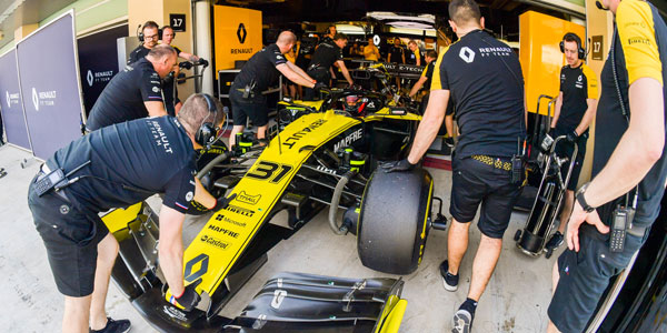 MPH: Renault reshuffle – F1 team's latest plan to get on song