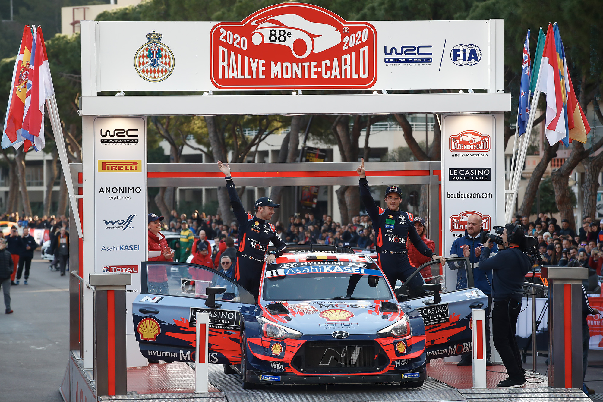 Thierry Neuville and co-driver Nicolas Gilsoul celebrate victory in the 2020 Monte Carlo Rally