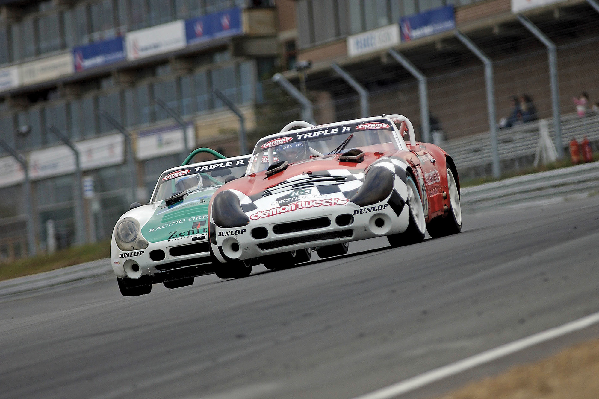 TVR Tuscans battle at Brands Hatch