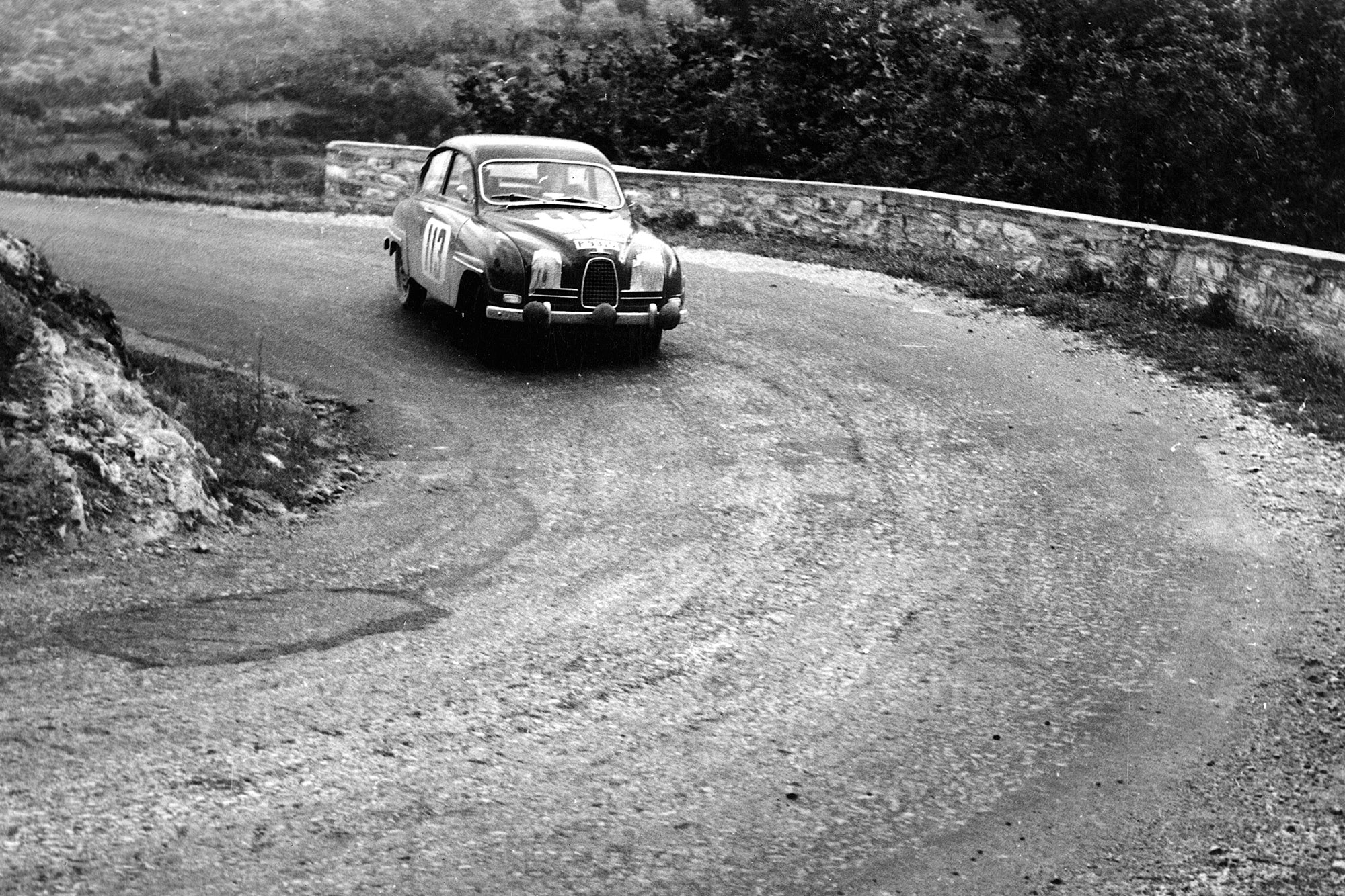 Erik Carlsson on a hairpin bend in a Saab 96 during the 1961 Acropolis Rally