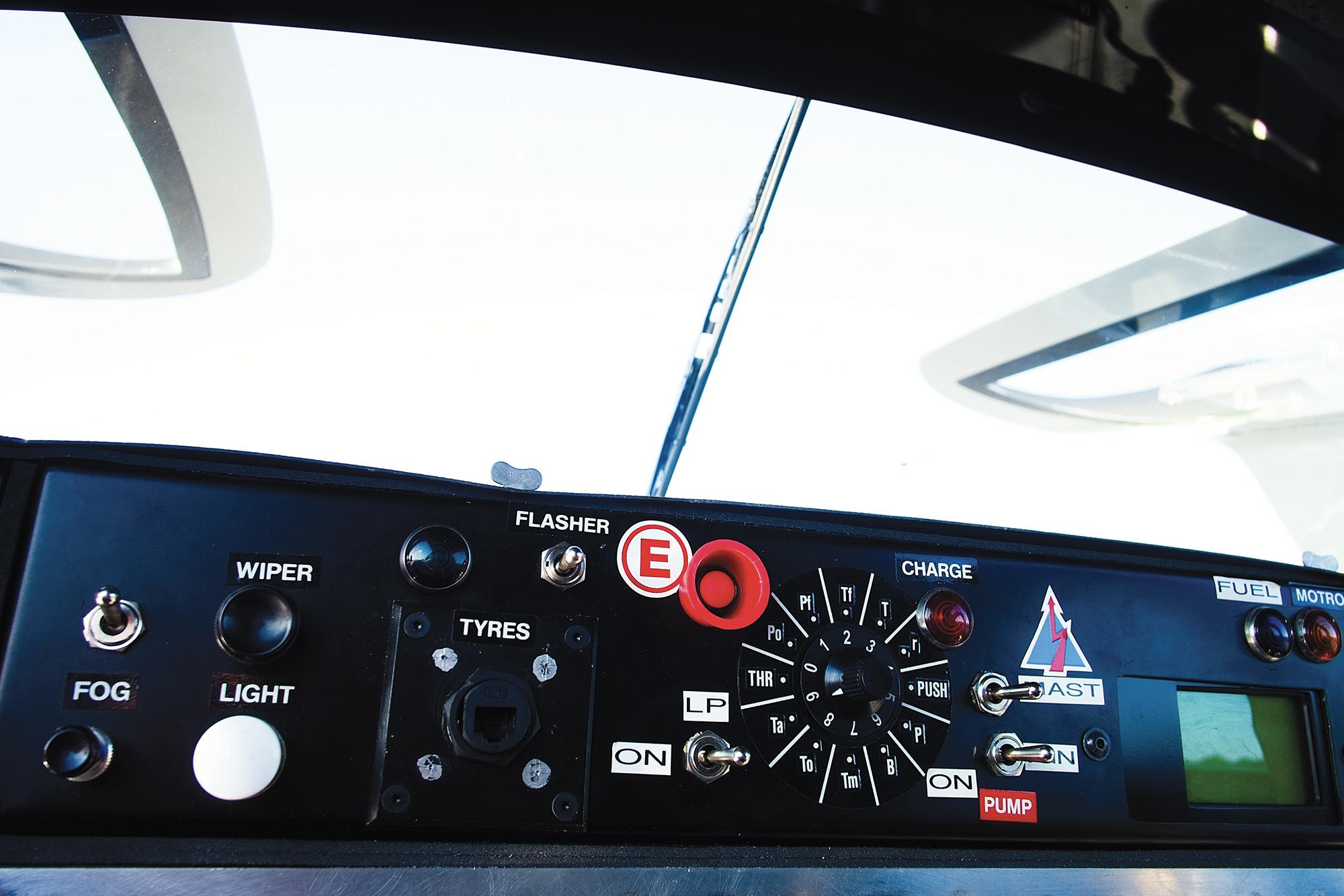 Sauber C9 dashboard