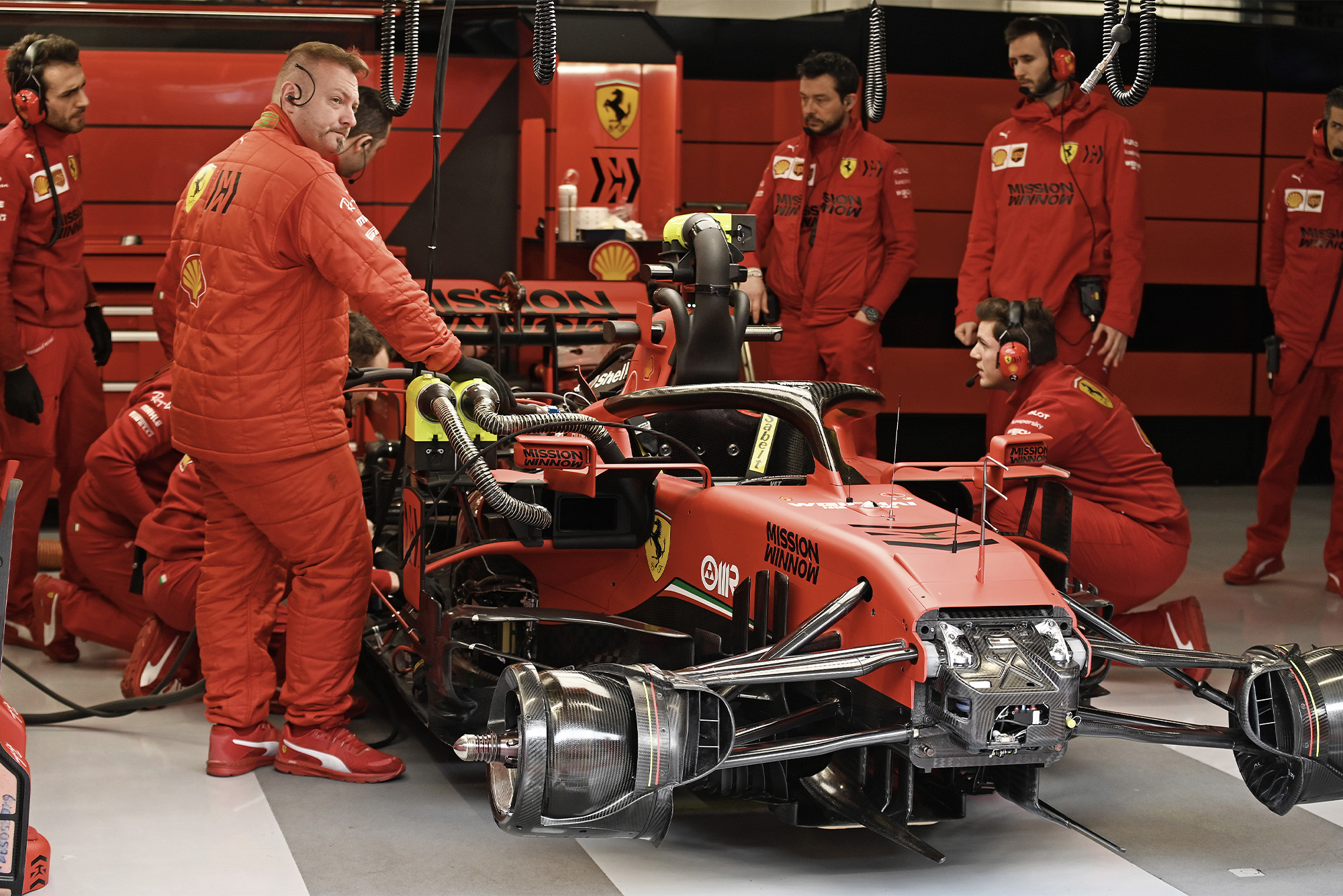 Seven F1 teams threaten legal action over secret Ferrari engine deal