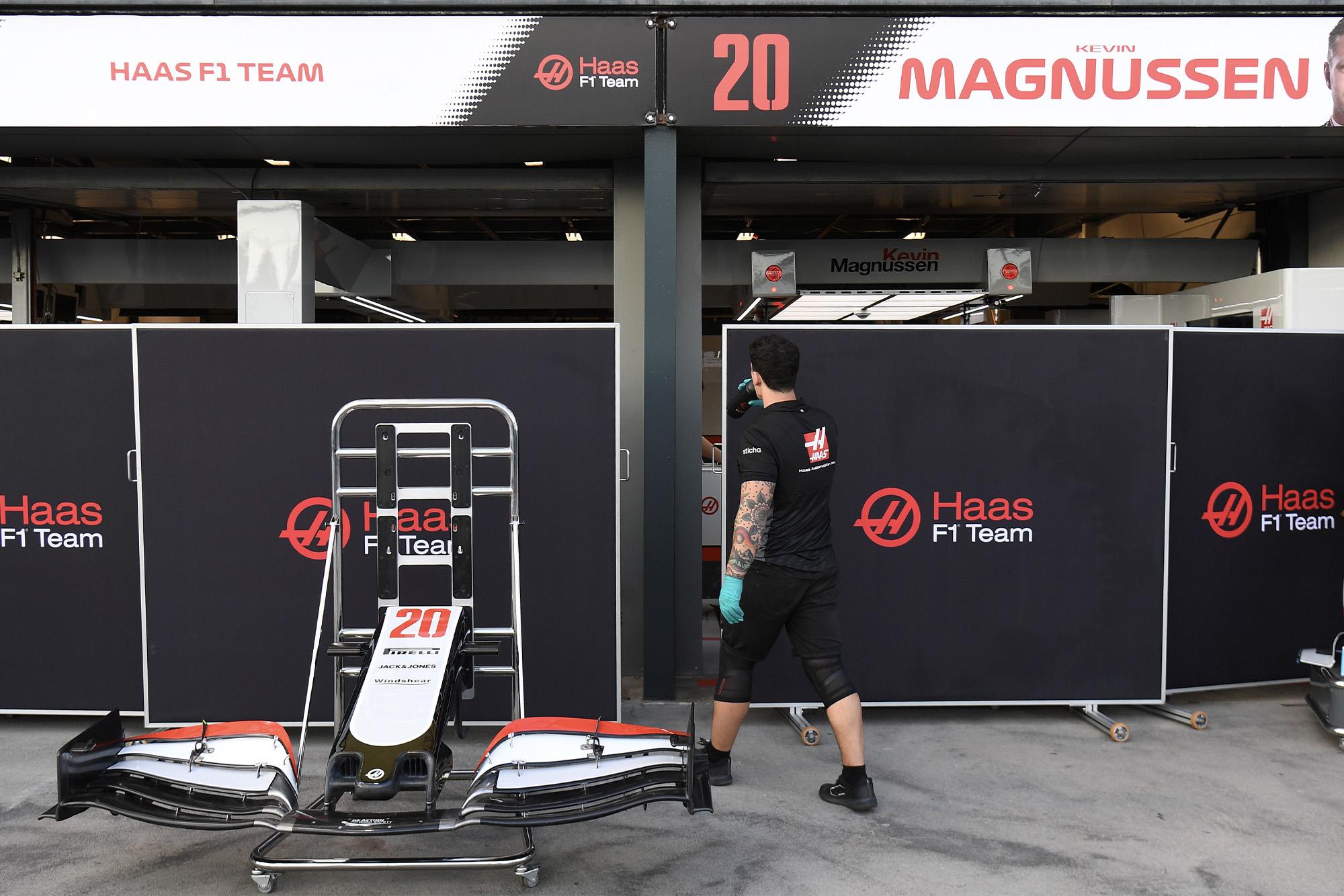 Three F1 team members tested for coronavirus ahead of Australian Grand Prix
