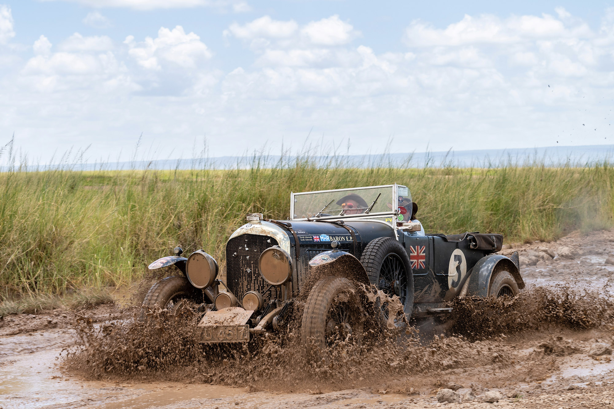 Gallery: Historic Bentleys and Porsches tackle Southern Cross Safari rally