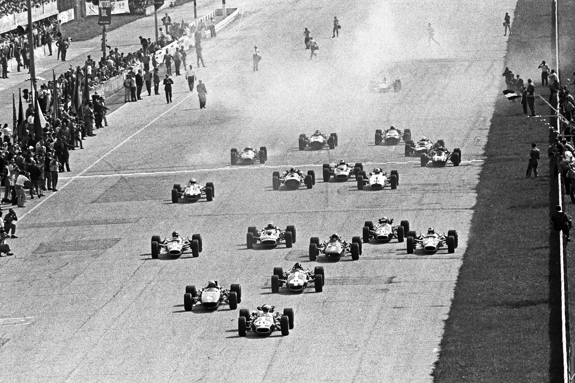 Start of the 1967 Italian GP