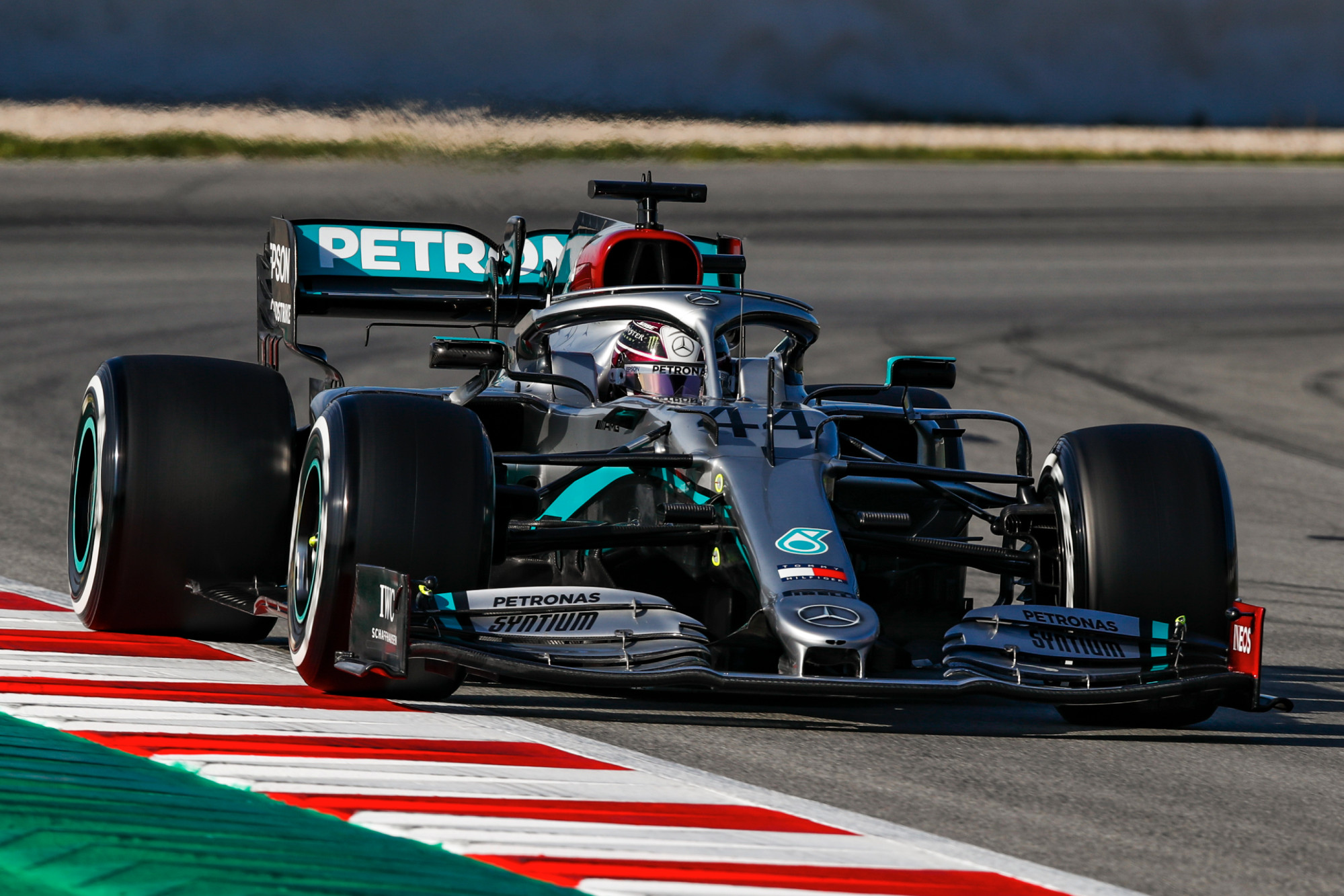Mercedes drivers to test at Silverstone ahead of F1 return