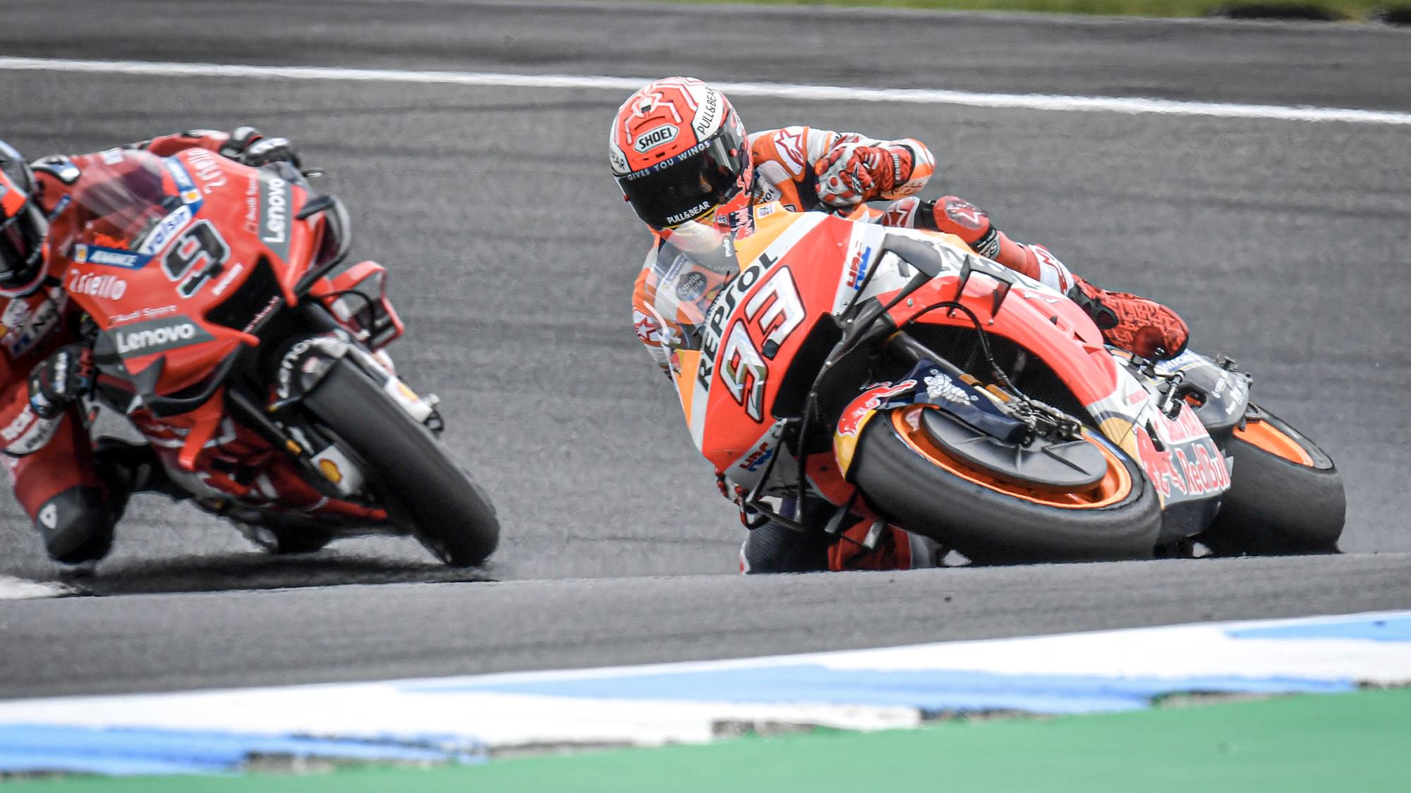 Marc Marquez attrape une diapositive pendant 2019 MotoGP GP d'australie pratique