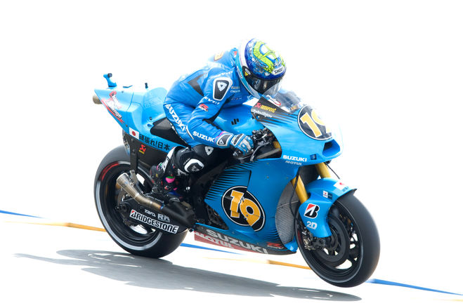 Lubricants development for Suzuki Rizla MotoGP.