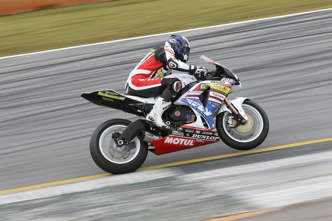 Superb double win for Motul's riders in KR 1200  category