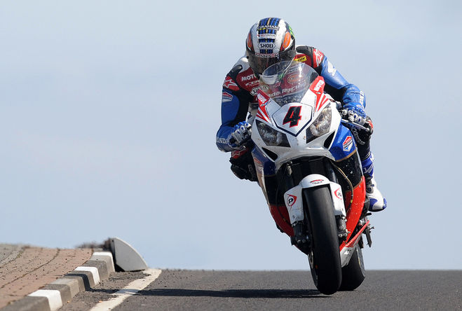 Motul Remains Faithful to the Historic Isle of Man TT