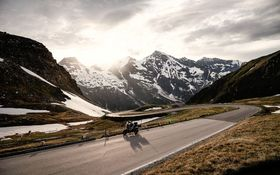 THE GROSSGLOCKNER STRASSE: FOR YOUR RIDING PLEASURE ONLY!