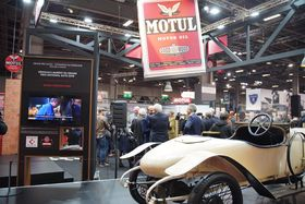 MOTUL & RETROMOBILE