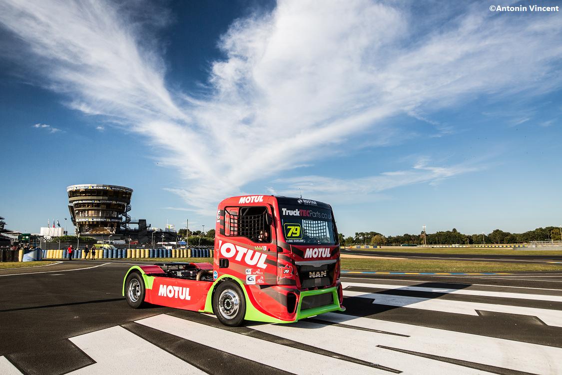 Motul erweitert Engagement im Truckrennsport und wird offizieller Partner von Rooster Racing