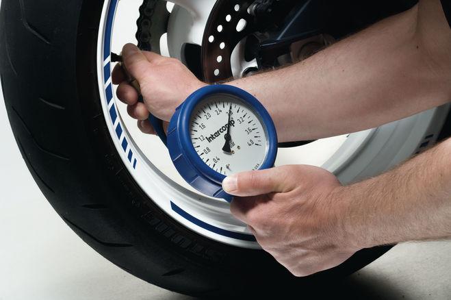 2) Reifenwechsel vor dem Saisonstart