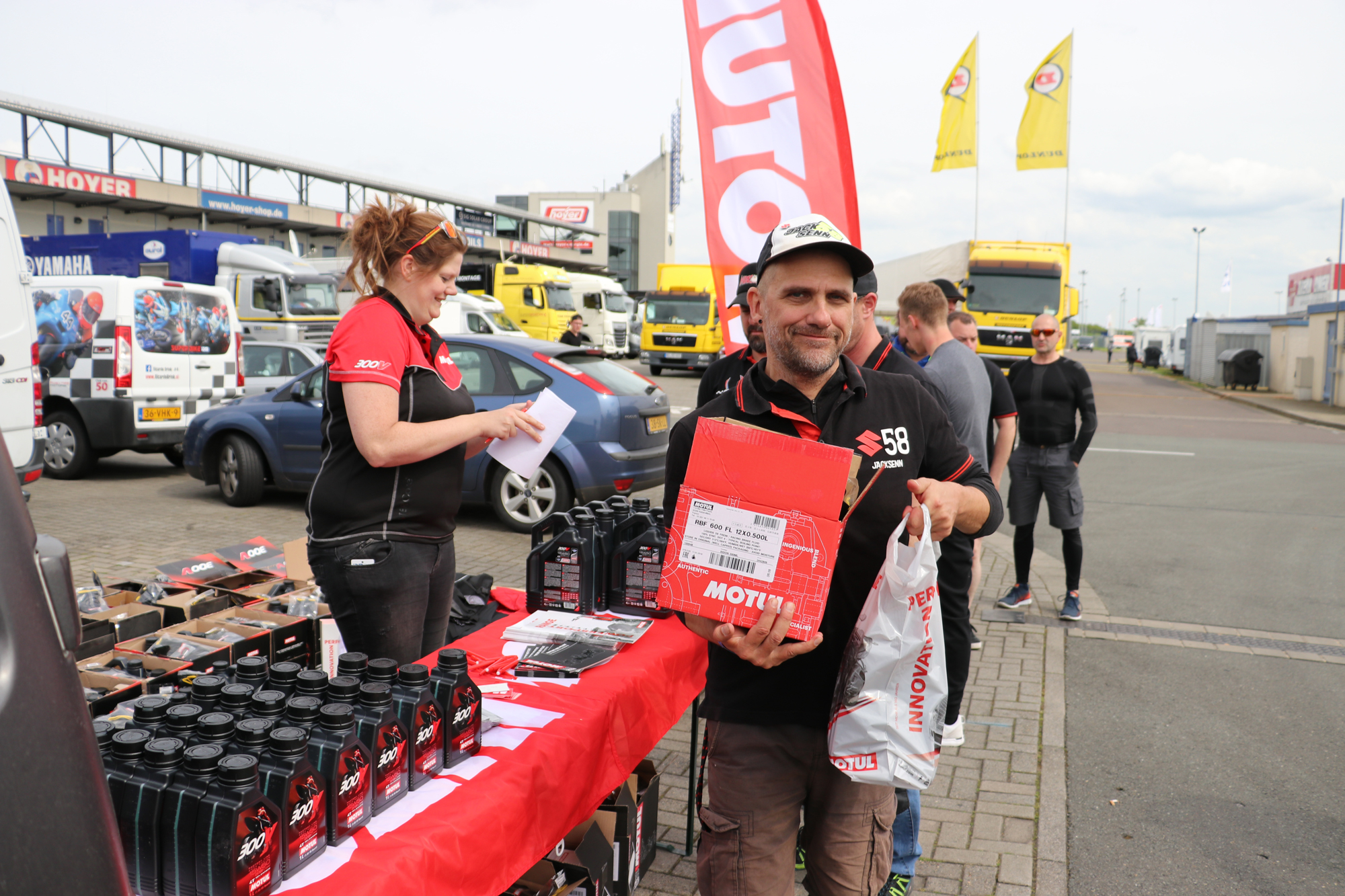 GSX-R Cup und Twin Cup starteten beim IDM Auftakt in Oschersleben (27. - 29.04.2018) in ihre zweite Saison