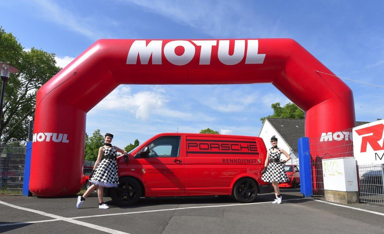 Motul als fester Bestandteil des Treffpunkts für Autobegeisterte