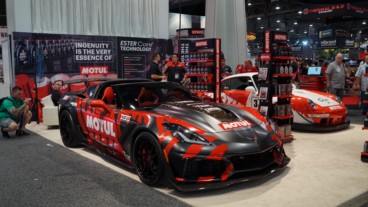 SEMA 2018: MOTUL BRINGS PERFORMANCE EXPERIENCE TO AMERICAN MUSCLE CARS