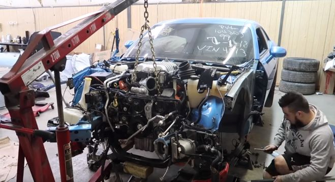 'Alex Rebuilds' Brings Challenger Hellcat Back to Life