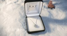Kay Jewelers, Penguin Kiss