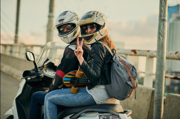 3 Conseils Pour Bien Choisir Son Assurance Moto Helene Laperriere