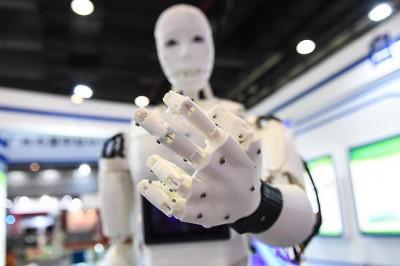İlginç Vergi Önerileri: Robot Vergisi ve İthalat Vergisi