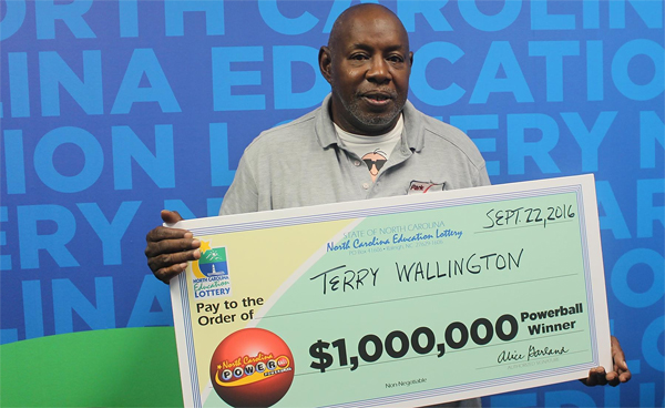Wilmington man crying of joy after netting $1.000.000 with Powerball