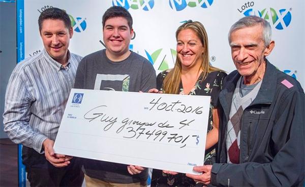 Kanadalainen perhe ei halua, että heidän elämänsä muuttuu 37 500 000 $:n voiton jälkeen