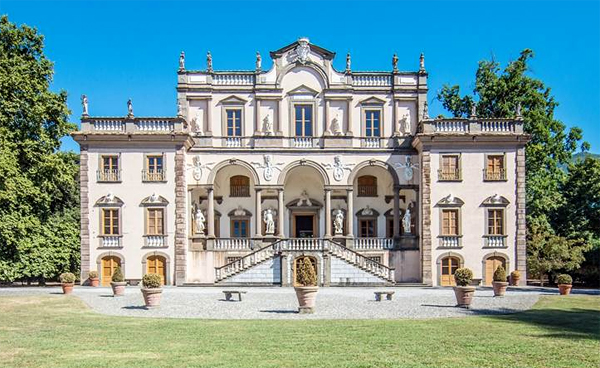 SuperEnaLotto jackpot could buy you this €19.000.000 Italian mansion