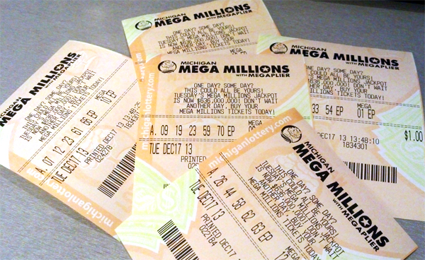 $5.000.000 Mega Millions prize goes to Oakland County