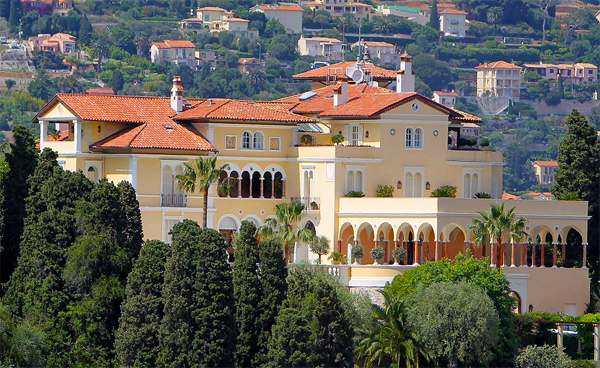 The world's most expensive villa hits the market with €1.000.000.000 price tag