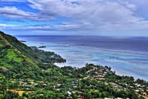 View of lagoon in Mo'orea, French Polynesia
