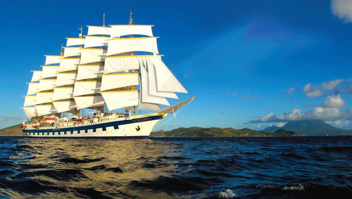 Royal Clipper at sea