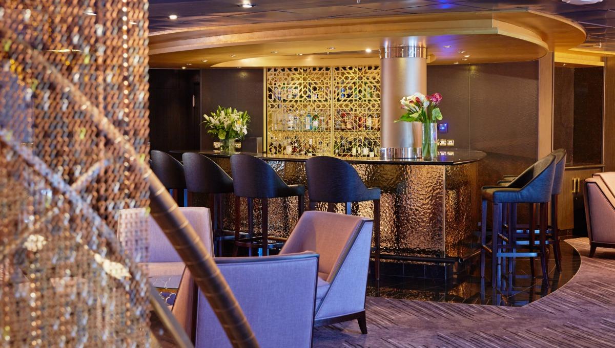 Regent Seven Seas Mariner - Stars Lounge